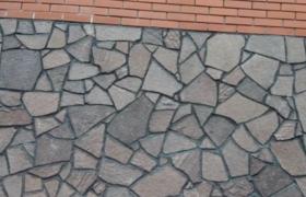 Вариант укладки натурального камня - цоколь