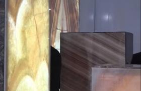 Разные расцветки мрамора и гранита в продаже