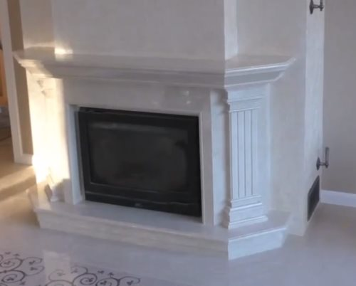 Белый мраморный камин