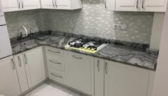 Угловая столешница из мрамора для кухни - фото 2